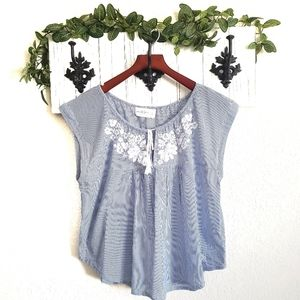 Abercrombie & Fitch Embroidered Peasant Top Large